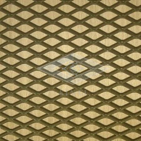 La hoja de metal expandida es de calibre ligero y fácil de desarrollar y formar.
