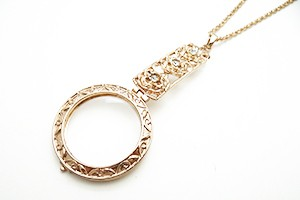 Pendant Magnifier with Necklace