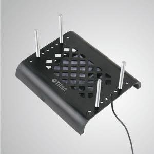 С регулируемыми стойками он может надежно закрепить любое устройство. Встроенный 90-мм вентилятор для отвода тепла и эффективного снижения температуры вашего устройства.