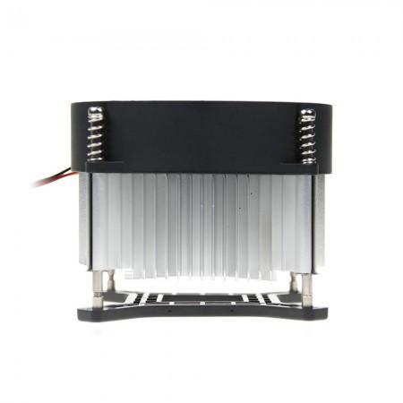Radiale Kühlrippen zur Zentralisierung des Luftstroms und der Zirkulation zur Verbesserung des Kühlkörpers.