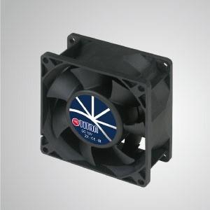 12VDC高静圧冷却ファン/ 80mm - TITAN高静圧ファンには3つの特徴があります:高静圧、高 風量、長いレッチの長さ。