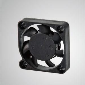 Ventilador de refrigeración de CC con serie de 30 mm x 30 mm x 7 mm - TITAN- Ventilador de enfriamiento de CC con ventilador de 30 mm x 30 mm x 7 mm, proporciona tipos versátiles para las necesidades del usuario.