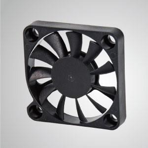 Ventilador de refrigeración de CC con series de 40 mm x 40 mm x 7 mm - TITAN- Ventilador de enfriamiento de CC con ventilador de 40 mm x 40 mm x 7 mm, proporciona tipos versátiles para las necesidades del usuario.