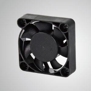 Ventilador de refrigeración de CC con series de 40 mm x 40 mm x 10 mm - TITAN- Ventilador de enfriamiento de CC con ventilador de 40 mm x 10 mm, proporciona tipos versátiles para las necesidades del usuario.