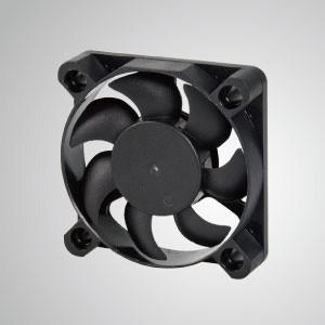 Ventilador de refrigeración de CC con serie de 45 mm x 45 mm x 10 mm - TITAN- Ventilador de enfriamiento de CC con ventilador de 45 mm x 45 mm x 10 mm, proporciona tipos versátiles para las necesidades del usuario.