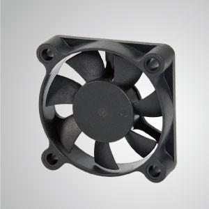 Ventilador de refrigeración de CC con series de 50 mm x 50 mm x 10 mm - TITAN- Ventilador de enfriamiento de CC con ventilador de 50 mm x 50 mm x 10 mm, proporciona tipos versátiles para las necesidades del usuario.