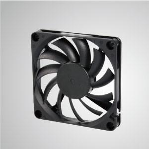 Ventilador de refrigeración de CC con series de 70 mm x 70 mm x 10 mm - TITAN- Ventilador de enfriamiento de CC con ventilador de 70 mm x 70 mm x 10 mm, proporciona tipos versátiles para las necesidades del usuario.