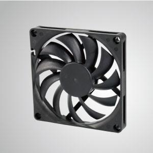 Ventilador de refrigeración de CC con serie de 80 mm x 80 mm x 10 mm - TITAN- Ventilador de enfriamiento de CC con ventilador de 80 mm x 80 mm x 10 mm, proporciona tipos versátiles para las necesidades del usuario.