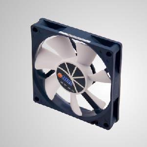 Ventilador de enfriamiento de 12V DC 0.45A 80mm con función PWM - Ventilador de refrigeración TITAN de 80 mm con función PWM