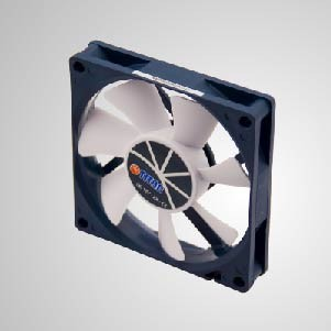 12V DC 0.45A 80mm Cooling Fan with PWM function - TITAN 80mm cooling fan with PWM function