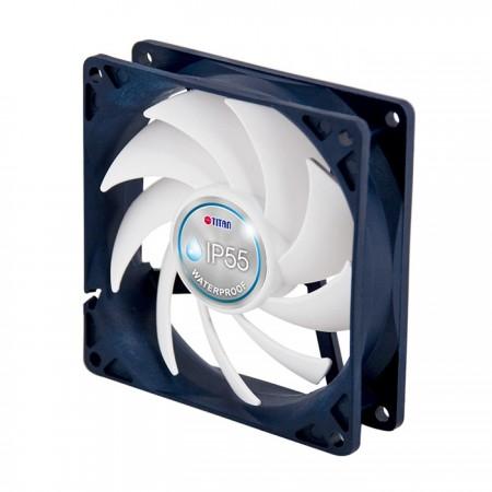 يتميز TITAN بمروحة PKM الصامتة من Kukri ذات 9 شفرات ، وتجهيز التحكم الذكي في السرعة ، يمكنه مركزية تدفق الهواء لتسريع تبديد الحرارة والحفاظ على تشغيل أقل ضوضاء.