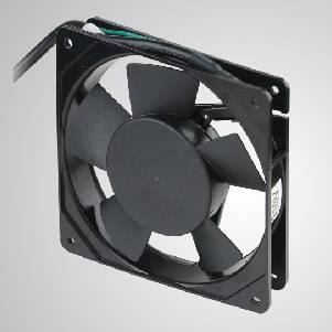 Ventilateur de refroidissement AC avec série 120 mm x 120 mm x 25 mm - Le ventilateur de refroidissement TITAN-AC avec ventilateur de 150 mm x 150 mm x 25 mm, fournit des types polyvalents pour les besoins de l'utilisateur.