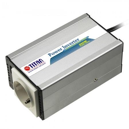 TITAN 200W 12V / 24V DC Auto Modifizierter Sinus Wechselrichter mit Zigarettenanzünderstecker.