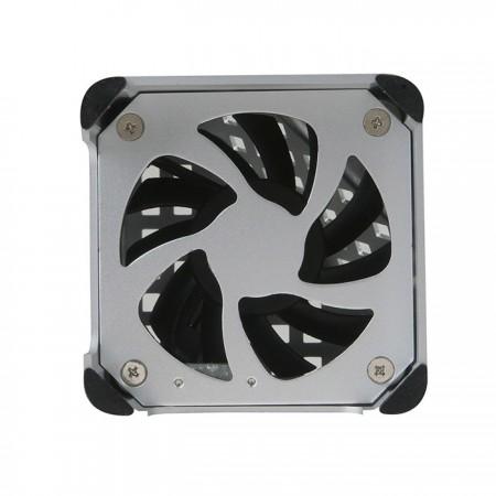 Eingebauter 6-cm-Lüfter zur Lösung thermischer Probleme.