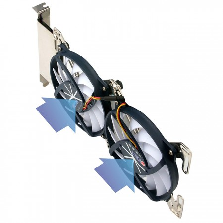 Es kann sich an zwei Lüfter mit seitlichem Luftstrom anpassen, wodurch die Wärmeleitfähigkeit verbessert wird.