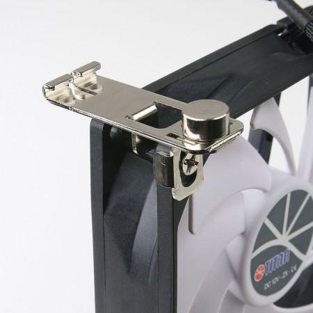 Der Kühlschranklüfter kann auf den externen oder internen Kühlschranklüfter in Wohnmobilen, Wohnmobilen, Wohnwagen, Reisemobilen oder Schranklüftungsgittern oder Yachten usw. angewendet werden.