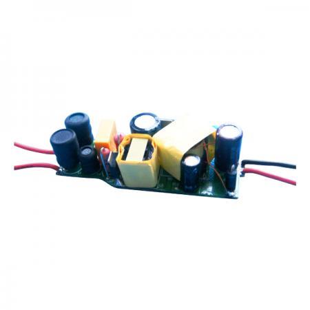 8W 3KVac Isolation Dimmable PFC LED Bulbs Drivers - 8W 3KVac Isolation หรี่แสงได้ PFC LED Bulbs Drivers (LBU(E)8D Series)