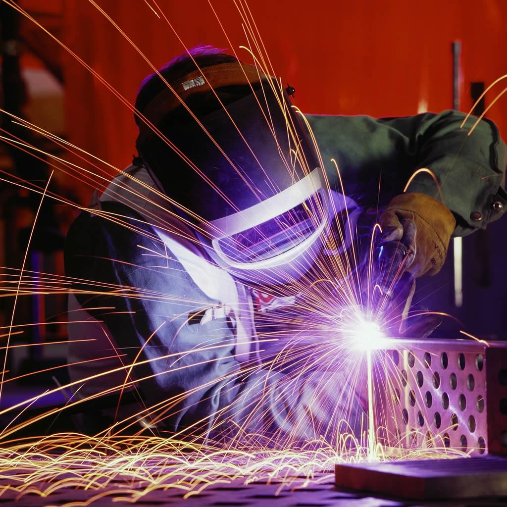 玻璃纖維軋針棉及其製品 焊接和防火花保護