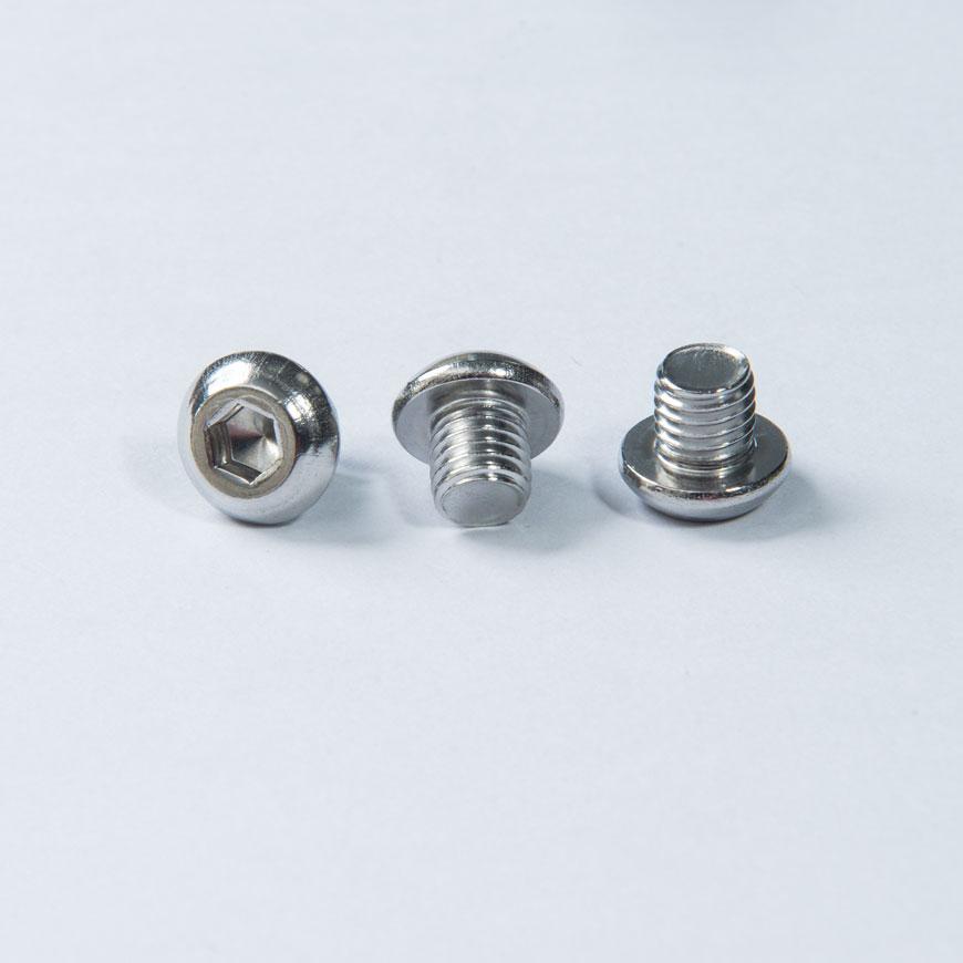 ステンレスボタン頭ねじ - ボタンヘッド六角ネジ、小ネジ付き、ネジの表面に不動態化