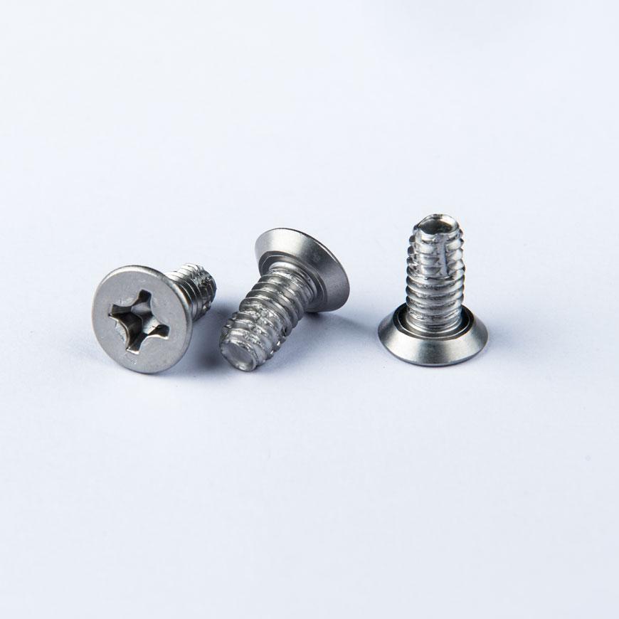 Fladhoved Phillips-fordybning med maskintråd - Fladhoved Phillips-fordybning med maskintråd & Type F-gevindskæring
