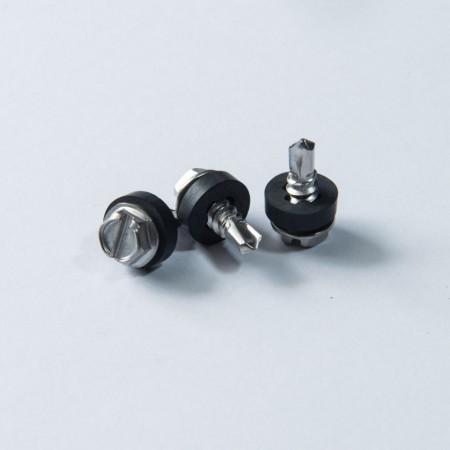 Den abgeschrägten Sechskantscheibenkopf direkt abschneiden - Direkt abgeschrägte Bohrschraube mit abgeschrägtem Sechskant-Unterlegscheibenkopf und schwarzem Phillips-EPDM