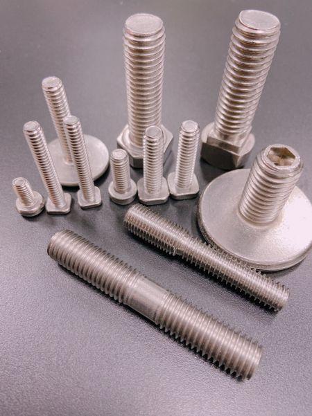 機械牙螺絲 - 機械牙螺絲 螺栓 所有產品可依照客戶圖面生產 製程能力範圍M1.6~M16 在所有機件中,機械螺紋可以說是應用最廣泛 且使用最多的牙型, 日常生活中之用品及在機械工業中 隨時隨處都可以看到螺紋的蹤跡,所以機械牙螺絲可說是機件 中最重要的零件之一。