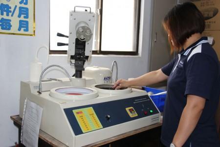 Metalografik taşlama ve Parlatma makinesi