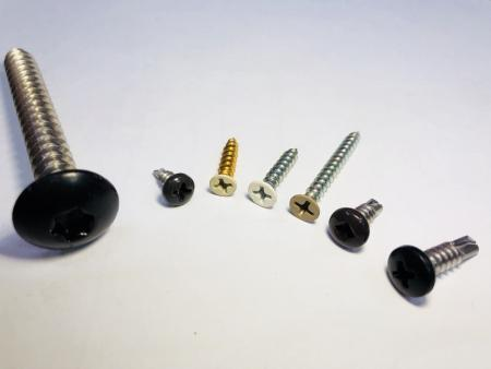 Skruer med høj trækstyrke - Osthoved, forsænket hoved, sekskantet skivehoved Højtgående skruer, højtrækningsfastgørelser