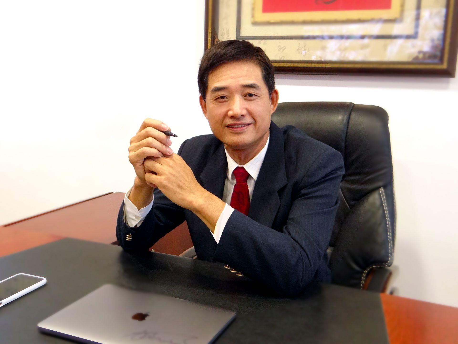 profil firmy - Brian Cheng, CEO Yung Soon Lih .
