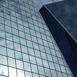 Kaca film surya arsitektural