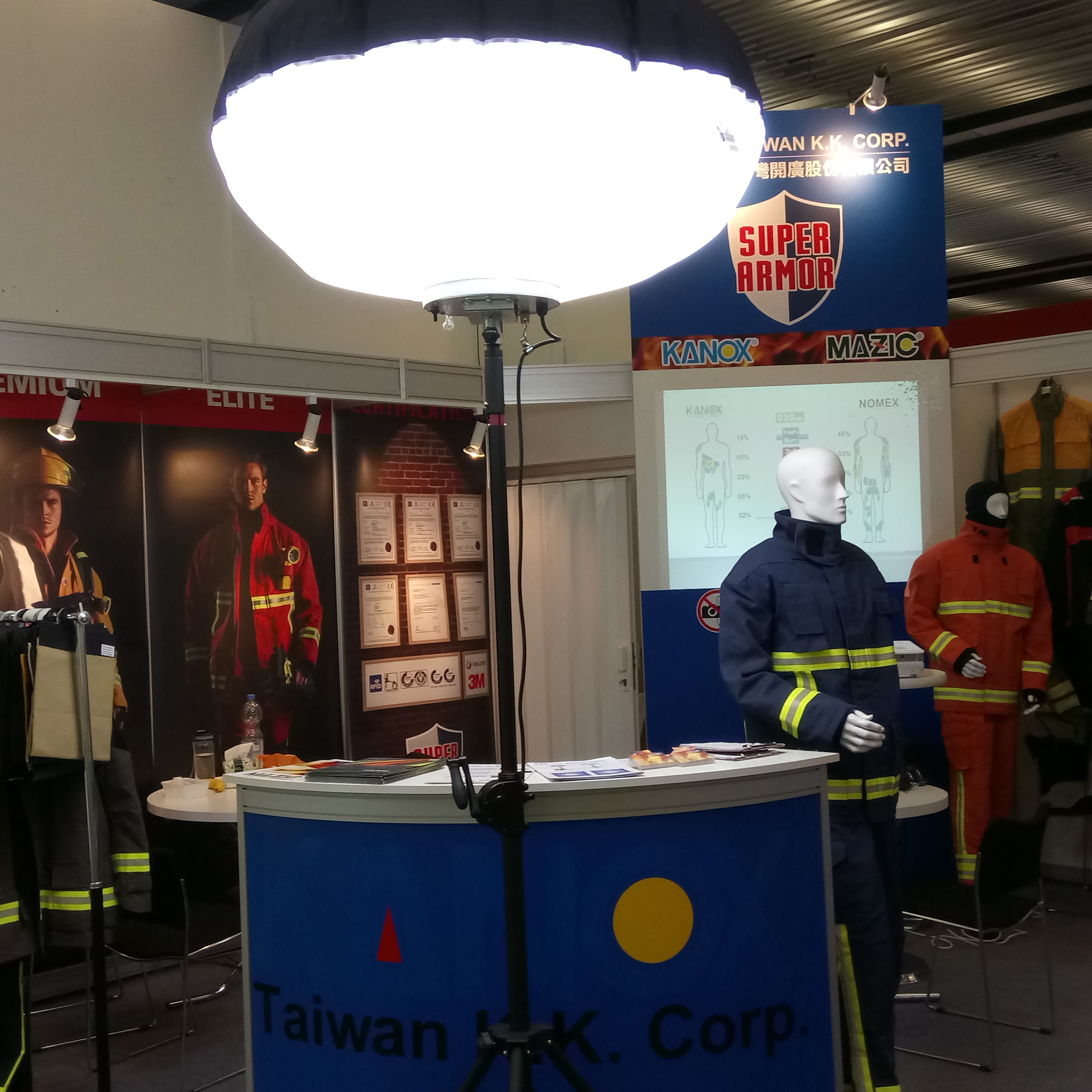 Balloon Light for rescue, construction, exhibition, tunnel builder