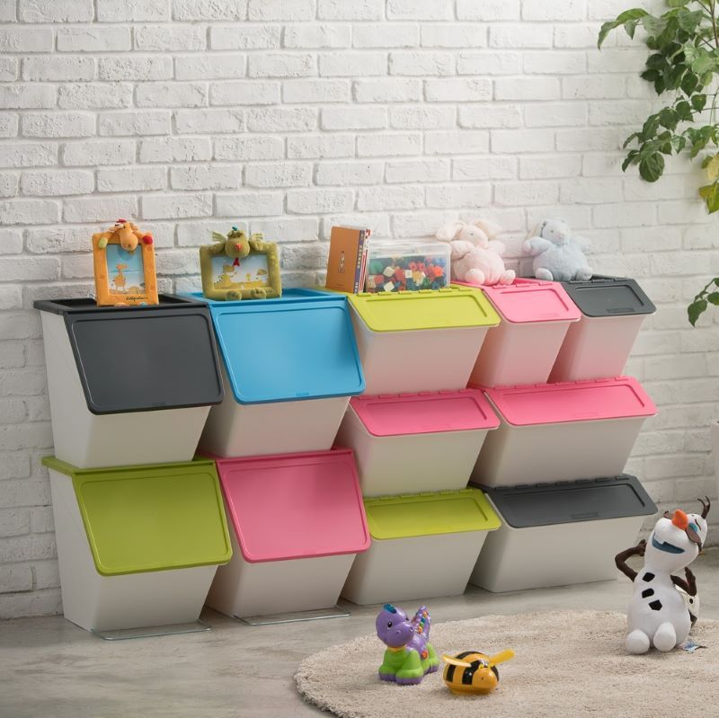Stackable Storage Bin with Lid