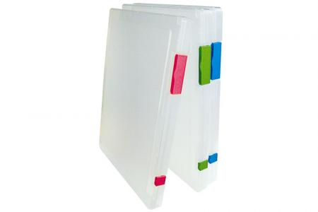 Slim Active-Use Carry File for 150 Sheets of B4 Sized Paper - Active-Use Carry File for 150 sheets of B4-sized paper.