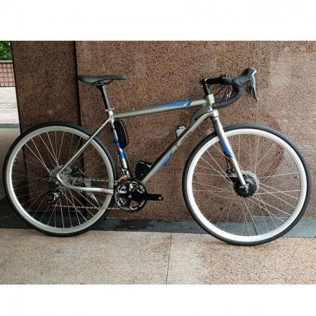 E шоссейный велосипед - E шоссейный велосипед
