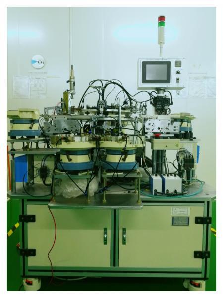 Vollautomatische Montagemaschine
