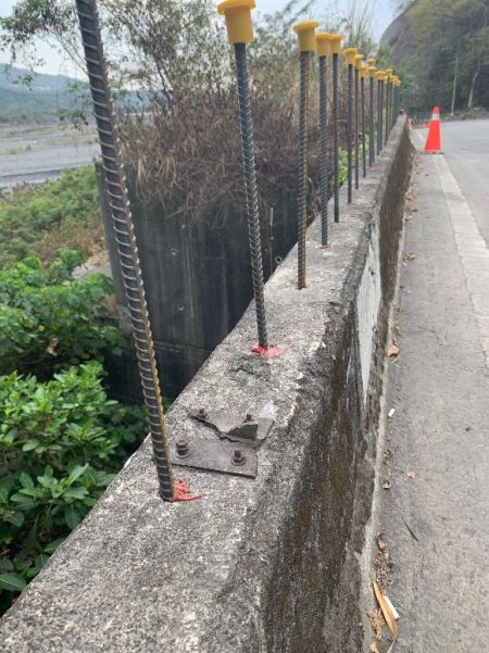 Resin jangkar kimia untuk rebar untuk menambah tinggi dinding