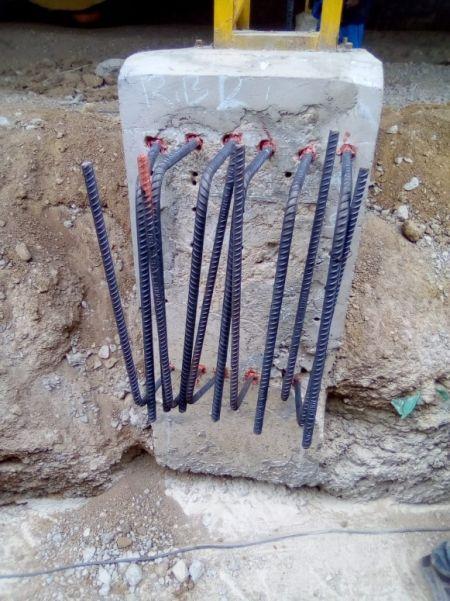 Chemické kotvení na betonovém sloupovém nosníku