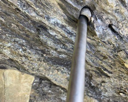 Химическое закрепление на скале и природном камне