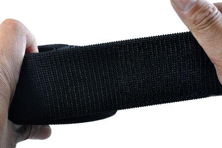 可搭配鉤面粘扣帶使用。