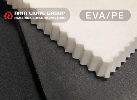 EVA塑膠海綿 - EVA發泡材料為一閉孔式結構之塑膠發泡海綿,質輕耐用且易加工。