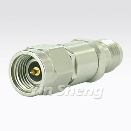 3.5mm Plug to 2.4mm Jack - 3.5mm Plug to 2.4mm Jack