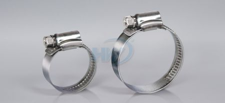 "German Type Hose Clamp, Stainless Steel, Clamping Range 4.375"" to 5"" (110-130mm) - German Type Hose Clamp"