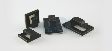 自己接着、 ケーブルクランプ、ポリアミド、3.5mmMax。バンドル径 - 粘着テープ付ワイヤーサドル
