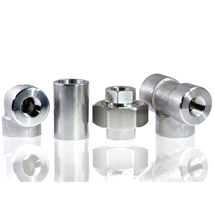 High pressure pipe fittings connect with male thread or welding.