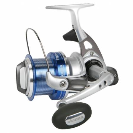 Trio Rex Arena Spinnrolle - Okuma Trio Rex Arena Spinning Reel-Shallow, large diameter long cast spool design-Crossover Construction aluminum body-Lightweight graphite rotor with brush guards