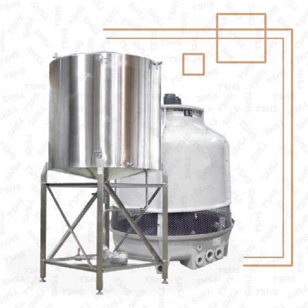 冷却水塔機 - 冷却水塔