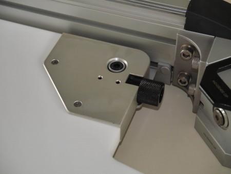 เครื่องเจาะและตัดและขึ้นรูปรูอากาศเปียก (เครื่องตัดรู)