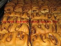 Stuffed bread making machine