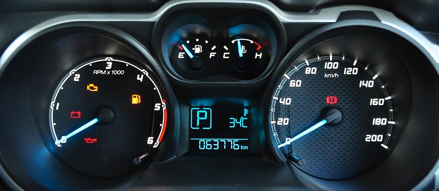 自動車のダッシュボード印刷、ELダッシュボードの印刷、オートバイのダッシュボードの印刷など。これらは、マルチカラーの均一な光の絵や警告のサインを正確にスクリーン印刷します。