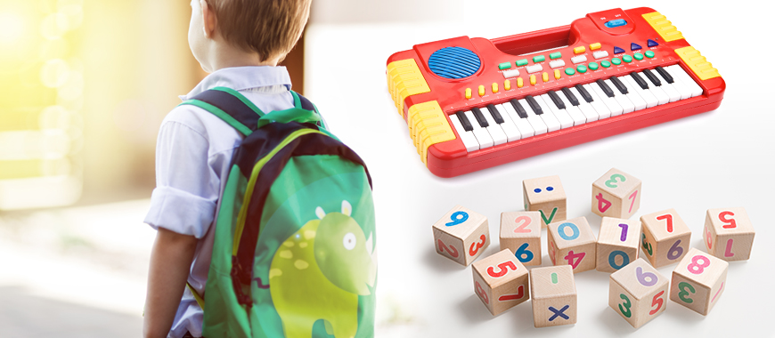 Трафаретний друк прикраси або графічного зображення на канцтоварах, подарунках, сувенірах, декоративних аксесуарах, іграшках.